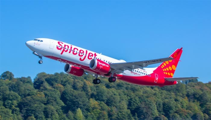 boeing-delivers-spicejet-737-max-airplane