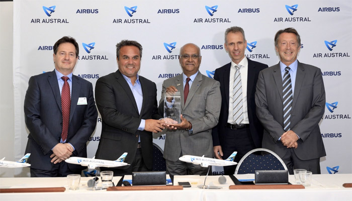 Airbus and Air Austral sign a purchase agreement for three A220s