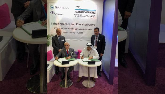 signature du contrat de services entre Mohamed Selougha, Directeur des ventes à Safran Nacelles et Dr Falah Salman, Directeur des chargés de mission à la direction ingénierie chez Kuwait Airways. ©Safran