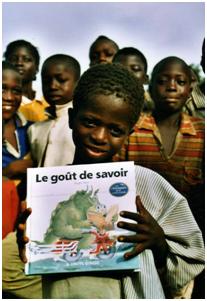 Photo-enfant-livre-biblionef